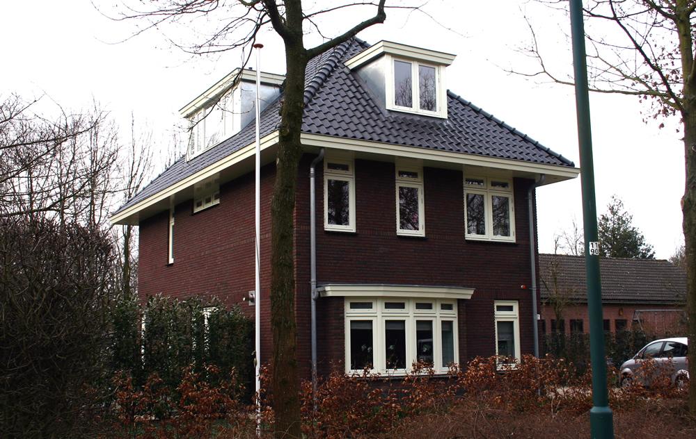 Bouwbedrijf vlot bv groenekan nieuwbouw in jaren 30 stijl for Bouwbedrijf huizen